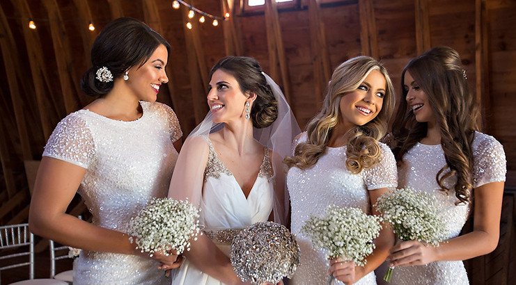 Airbrush vs. Traditional Makeup: What is Best for My Big Day?