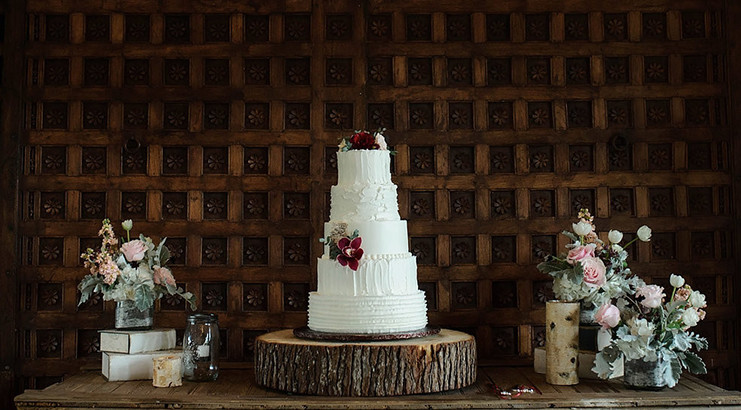 Sure Wedding Cakes Are Beautiful To Look At But Lets Be Honest Its All About The Taste So What Your Options They Endless Heres A
