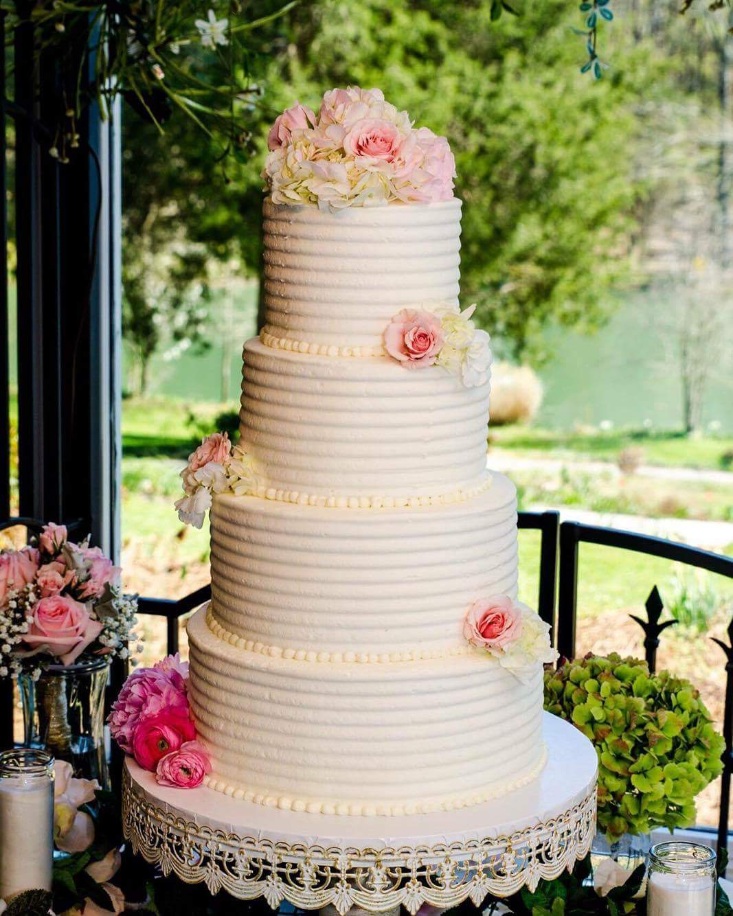 mini wedding cakes charlotte nc nona s bakery cafe bustld planning your 17423