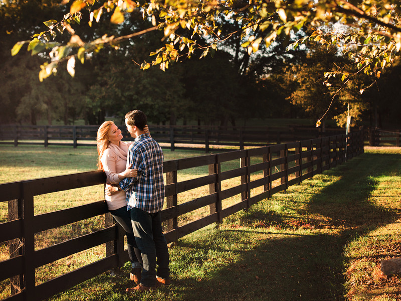 Cozy engagement shoot on local farm