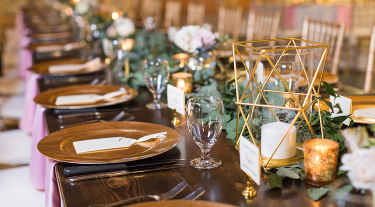 Wedding vendor tipping 101 bustld planning your wedding just i get a lot of questions about tipping vendors so here is my best wedding vendor tipping advice i usually recommend tipping those who are the service junglespirit Image collections