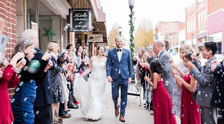 Vendor Vs Friend Or Bustld Planning Your Wedding Just Got Easier